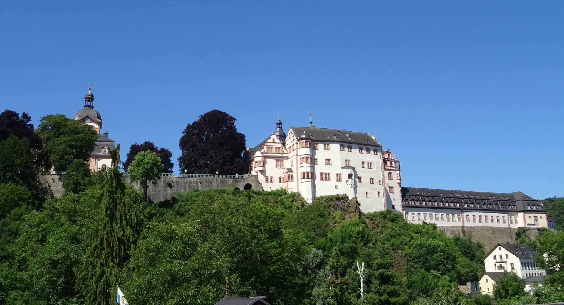 Het kasteel van Weilburg